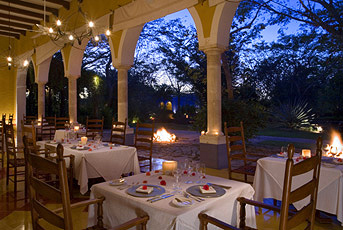 Hacienda Honeymoon Dining Credit